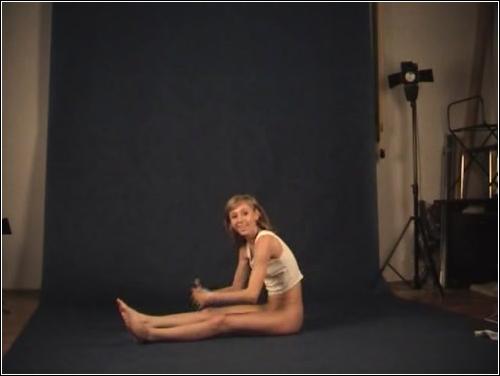 https://ist5-1.filesor.com/pimpandhost.com/6/3/6/1/63615/6/Q/h/0/6Qh0I/FlexyTeens_Naked-Gymnast_158._0.jpg