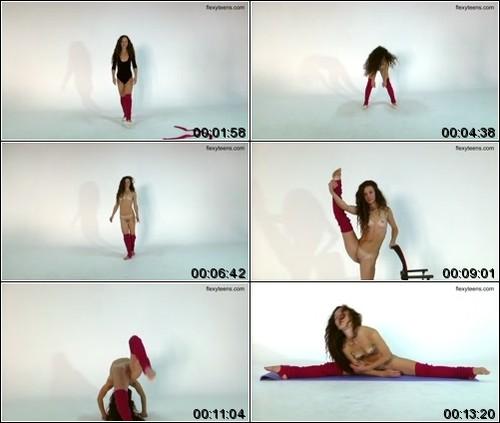 https://ist5-1.filesor.com/pimpandhost.com/6/3/6/1/63615/6/Q/i/u/6QiuM/FlexyTeens_Naked-Gymnast_181._1_m.jpg