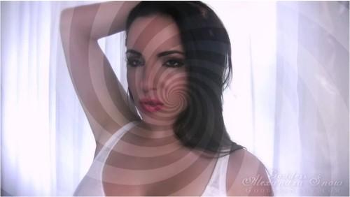 AlexandraSnow113_cover_m.jpg