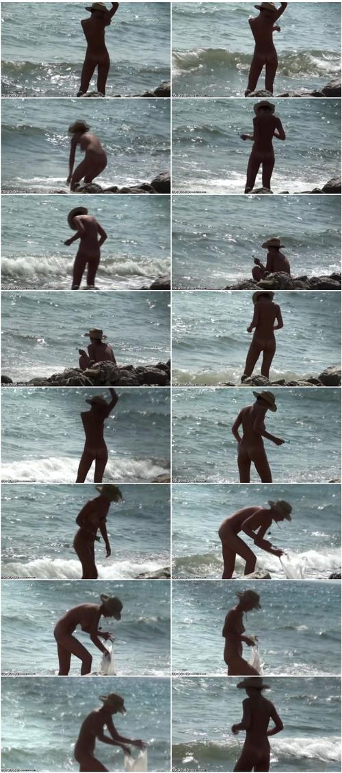 beachhunters-m0244_thumb_m.jpg