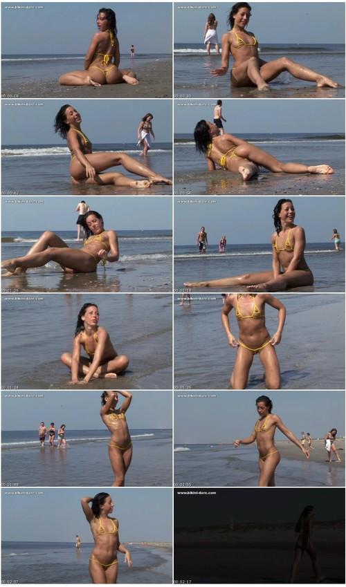 bikini-dare050_thumb_m.jpg