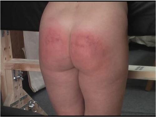 spanking024_cover_m.jpg