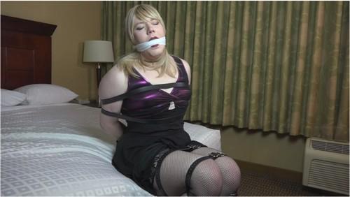 https://ist5-1.filesor.com/pimpandhost.com/9/6/8/3/96838/6/N/L/3/6NL30/TransvestitesBDSMVZ047_cover_m.jpg