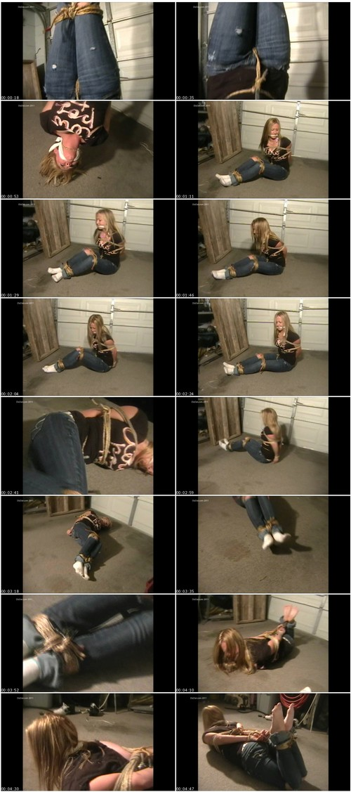 HumiliationGirlsVZ044_thumb_m.jpg