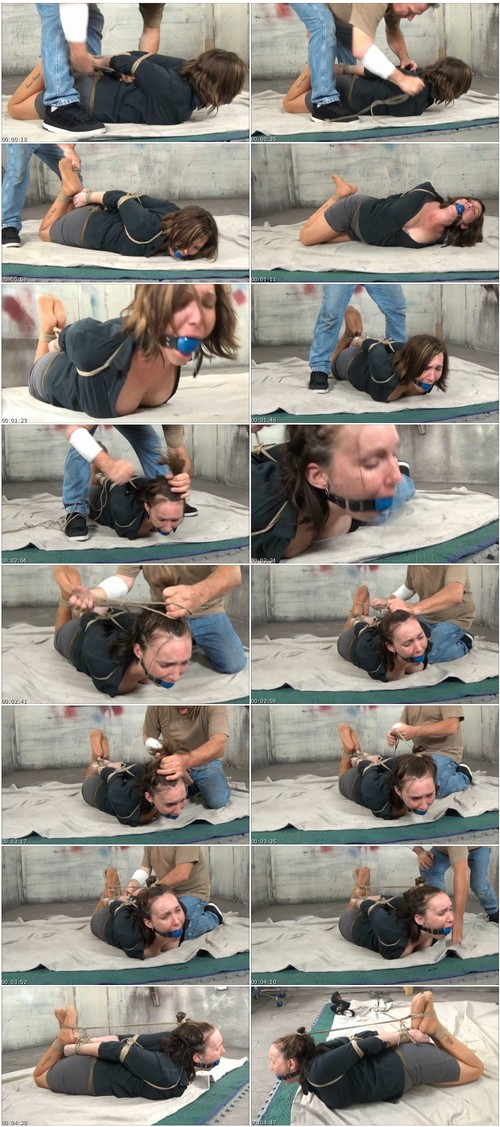 HumiliationGirlsVZ032_thumb_m.jpg